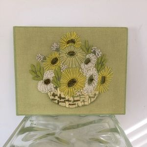 Lime green yellow MId century crewel large Daisies